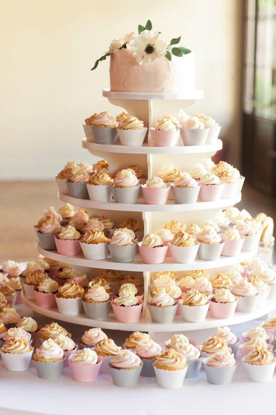 Торты свадебные с капкейками фото